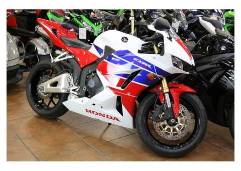 Selling of 2015 Honda CBR 600 RR