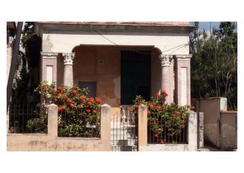 Se vende casa en Mtzas cerca Parque Rene Fraga o se permuta para Habana