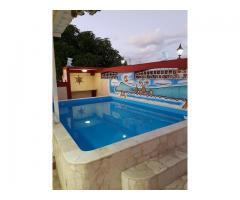 Casa con piscina y ranchon