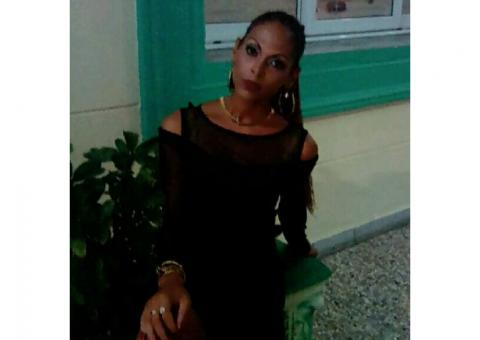 Victoria:Travel Assistant in Havana 55109272