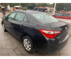 Toyota, auto estadounidense para venta e importación a cuba.