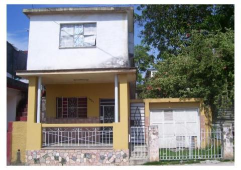 Se vende biplanta capitalista en San Miguel de ¾, garaje+3baños,por 35000CUC