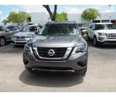 Used 2017 Nissan Pathfinder Platinum