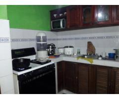 Vendo casa biplanta linda y espaciosa en Residencial Aldabó.