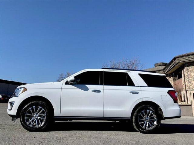 Ford Expedition 2018 para enviar a Cuba